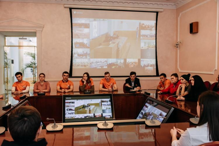 Students of Stavropol State Agrarian University took part in a video conference with the outstanding Russian hockey player Vladislav Aleksandrovich Tretyak